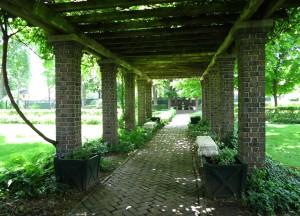 IMG_9953 Oliver Mansion grounds