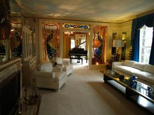 Graceland 5